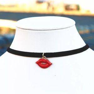 Jewelry - 💋 Necklace💋